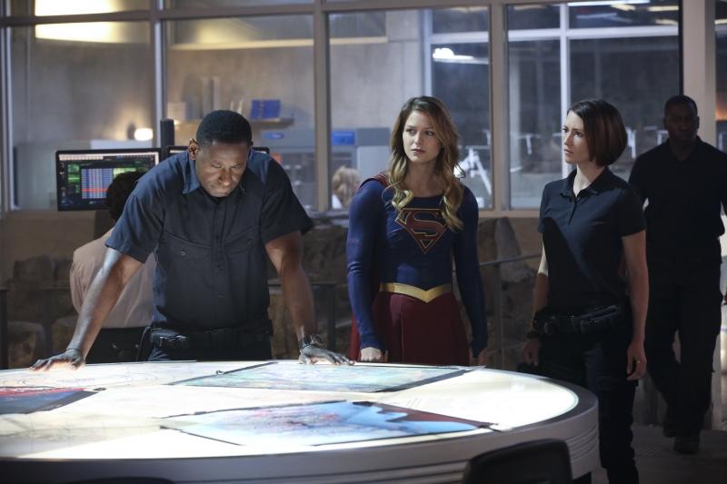 Supergirl-1x08-12