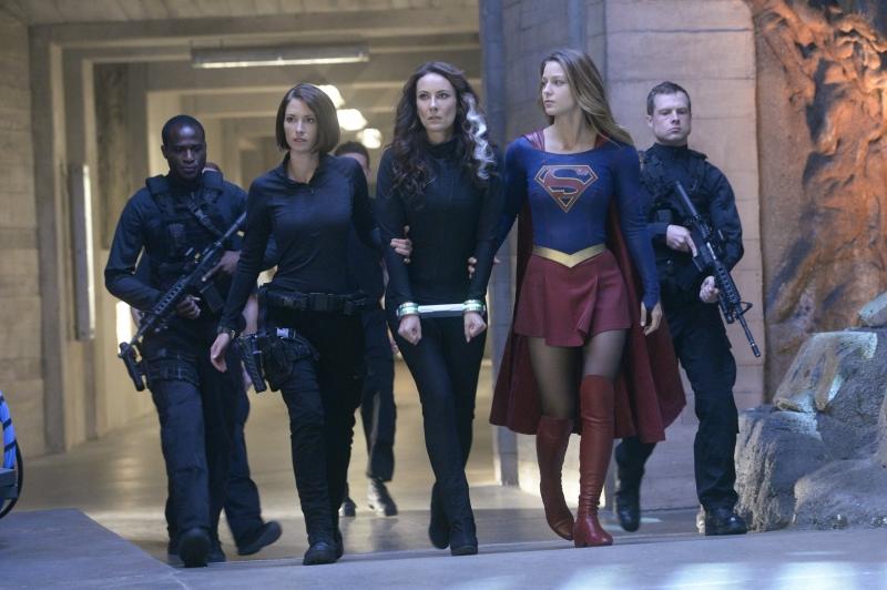 Supergirl-1x09-03