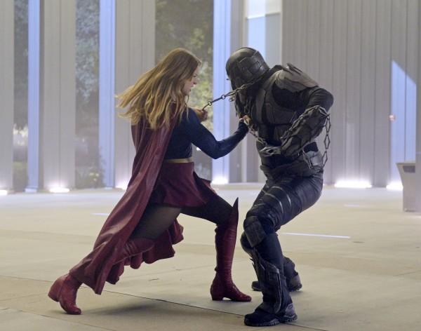 Supergirl-1x14-02