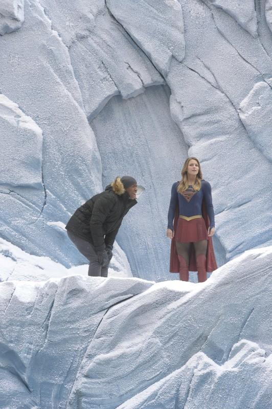 Supergirl-1x15-01