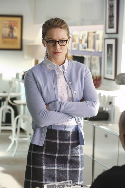 Supergirl-1x16-04
