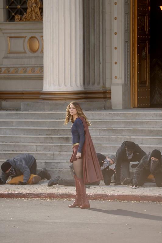 Supergirl-1x17-04