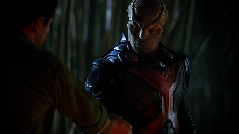 Supergirl-1x17-12