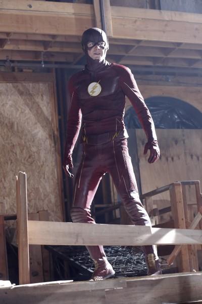 Supergirl 1x18 11