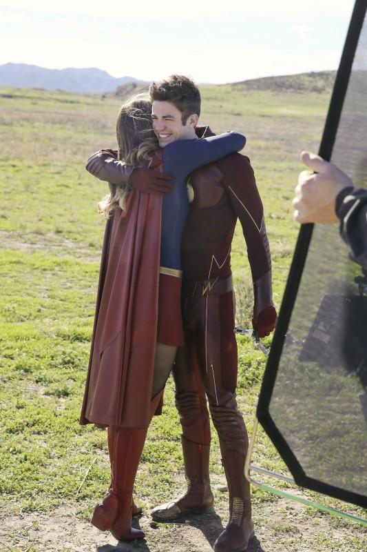 Supergirl 1x18 21