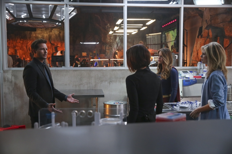 Supergirl 1x20 04