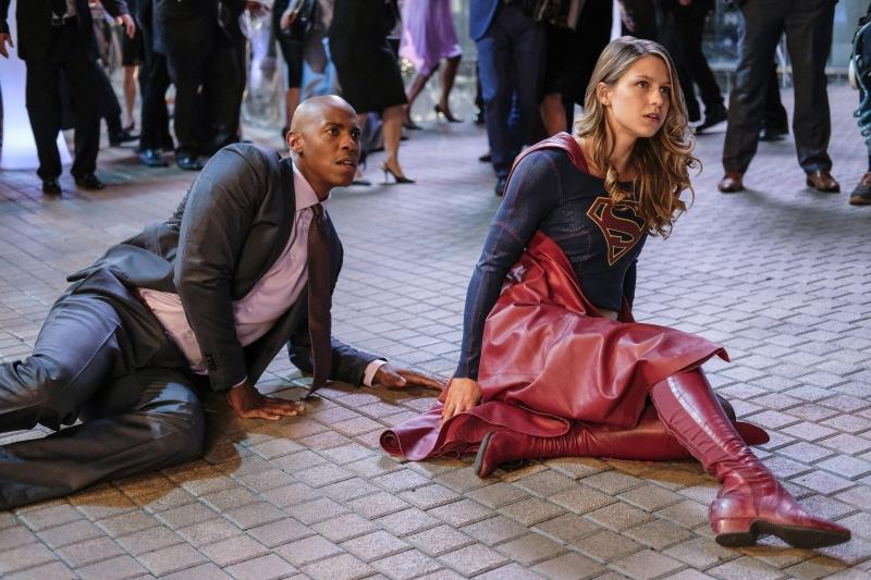 Supergirl-2x05-04-hi-res