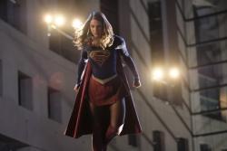 Supergirl-2x05-05-hi-res