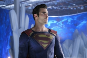 Supergirl 2x22 06