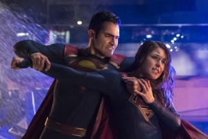 Supergirl 2x22 19