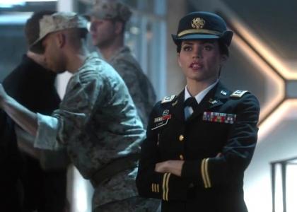 Supergirl 1x17 Sneak Peek 1