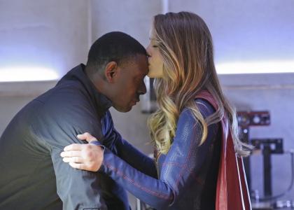 Supergirl 1x20 03