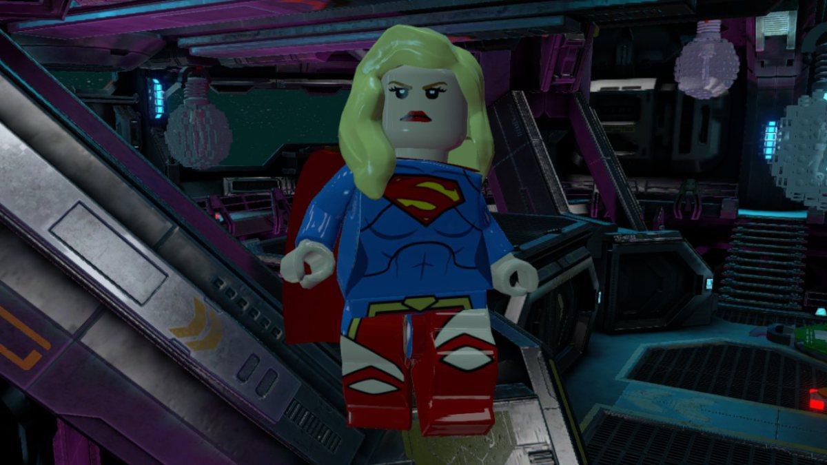 lego-batman-3-beyond-gotham-supergirl-new52_01