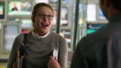 Supergirl-First-Look-055.png