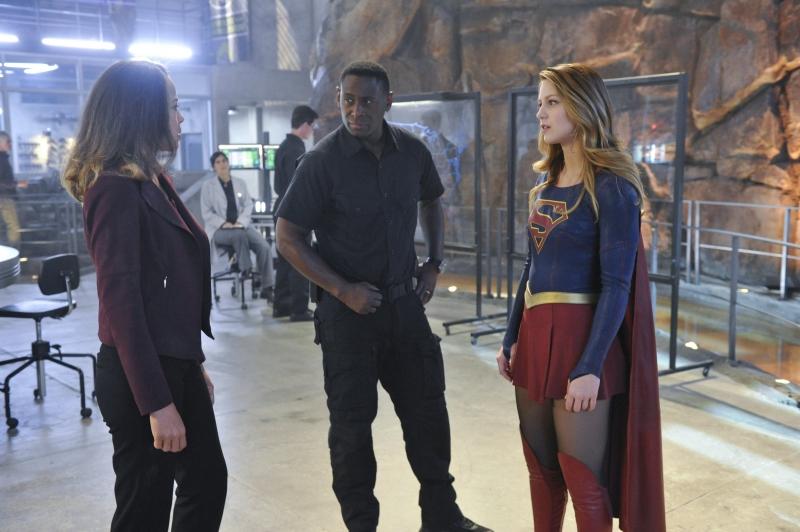 Supergirl-1x11-11