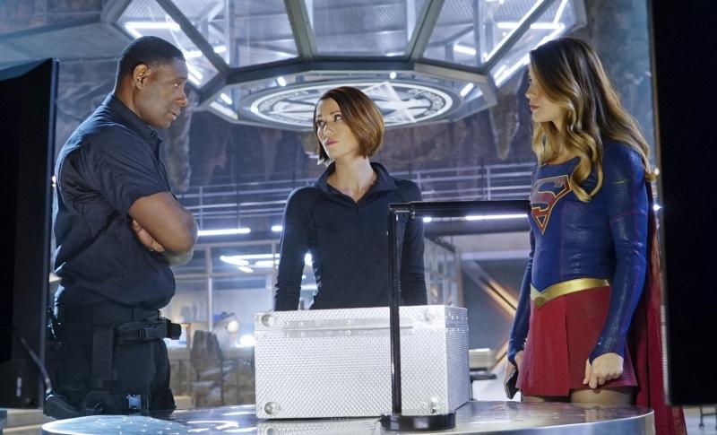 Supergirl-1x12-05