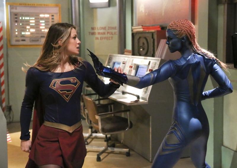 Supergirl-1x15-09