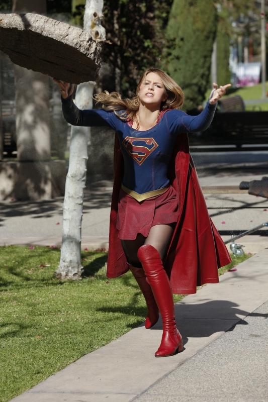Supergirl 1x18 19