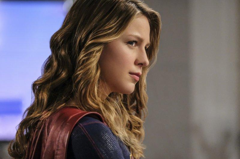 Supergirl-2x05-14-hi-res