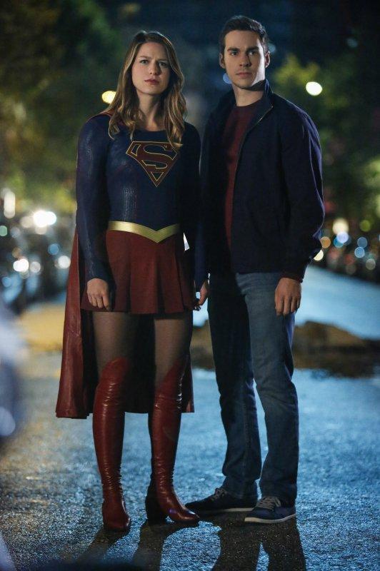 Supergirl 2x06 12 [hi-res]