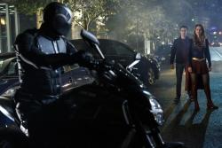 Supergirl 2x06 05 [hi-res]