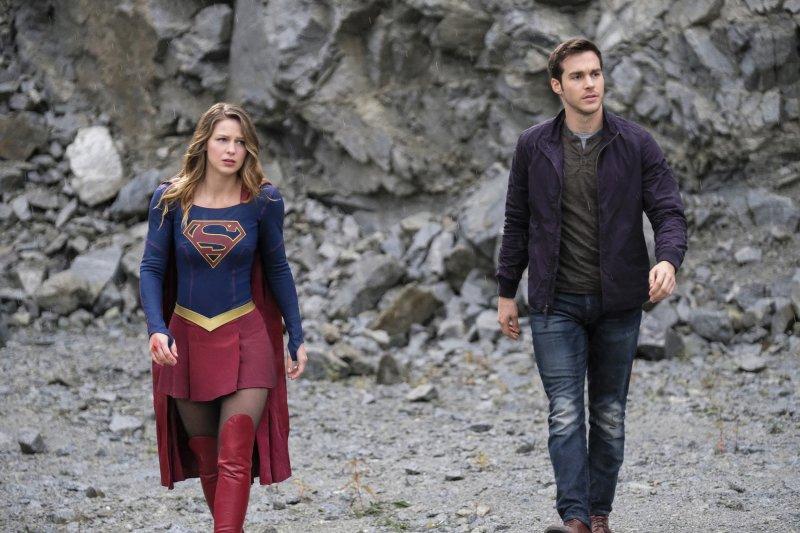 Supergirl 2x09 02