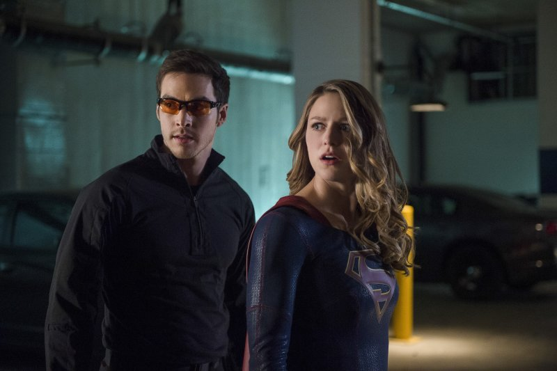 Supergirl 2x10 04