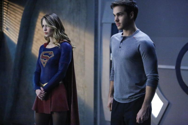 Supergirl 2x10 15