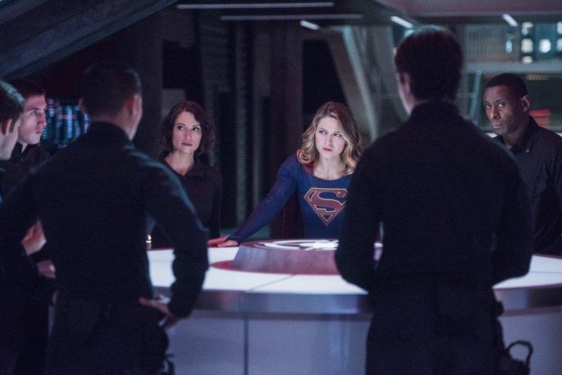 Supergirl 2x11 01