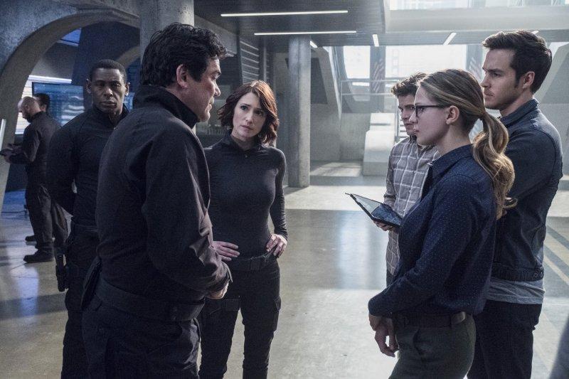 Supergirl 2x14 17