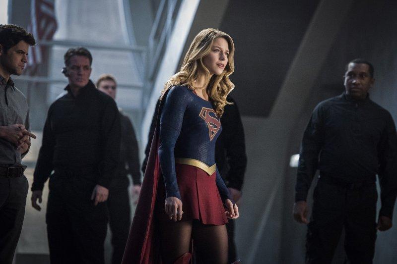 Supergirl 2x16 23
