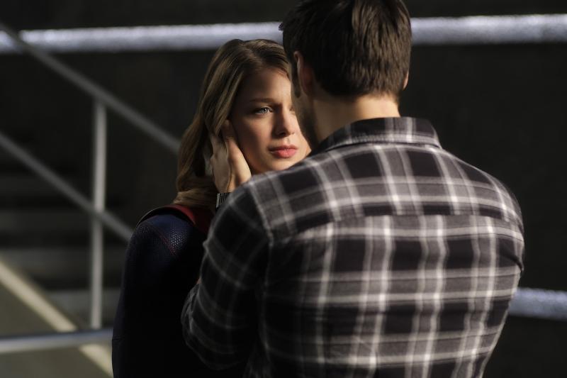 Supergirl 2x16 02