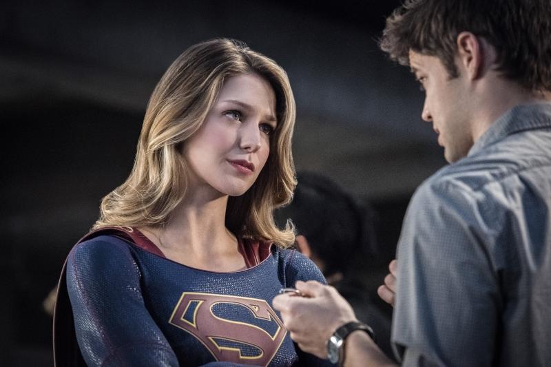 Supergirl 2x16 17