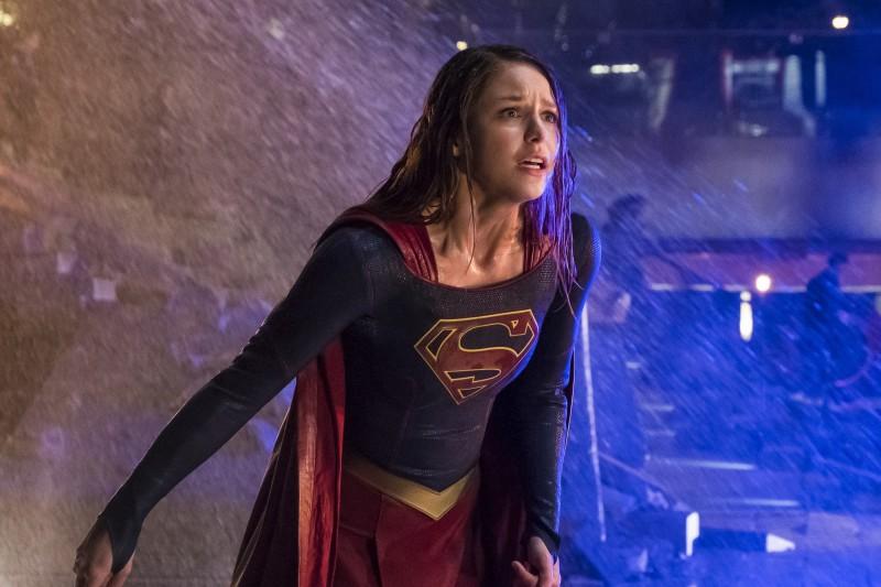 Supergirl 2x22 18