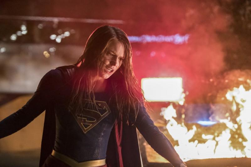 Supergirl 2x22 21
