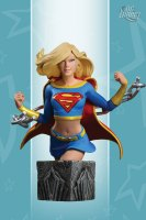 Women-of-the-DC-Universe-Series-3-Supergirl-Bust_2011