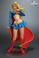 Kotobukiya-Supergirl-Statue_2007