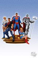 Superman-Family-Multi-Part-Statue_2011