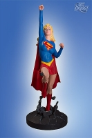 Cover-Girls-of-the-DC-Universe-Supergirl-Statue_2011